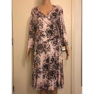 GARNET HILL BROWN FLORAL DRESS LARGE